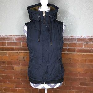 American Eagle Hooded Fur Vest Size M Read Below